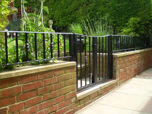 Wall Top Railings British Spirals Amp Castings