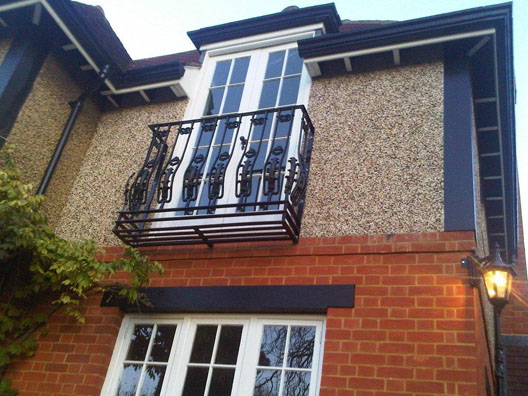 Bespoke juliet balconies british sprials castings for Pic of balcony