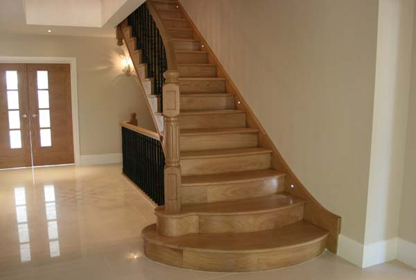 bespoke-wooden-staircase
