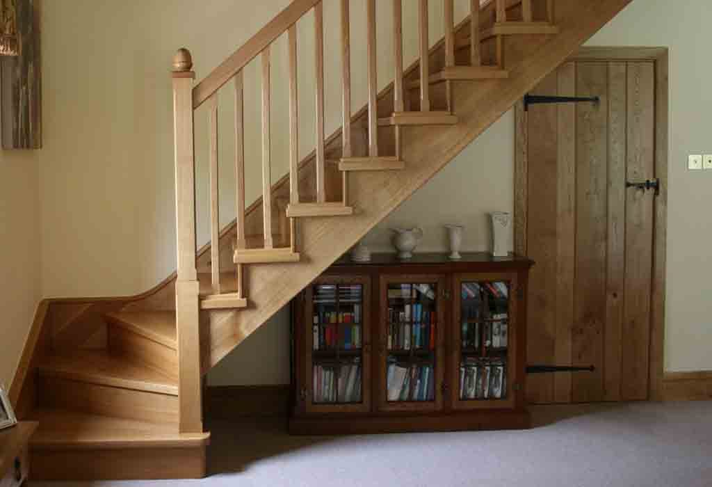 wood winder staircase