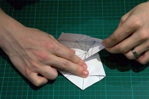 christmas-stair-origami-10