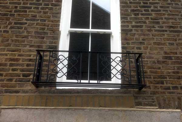 juliet balcony