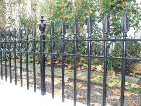 Cast Iron Wall-Top Railings