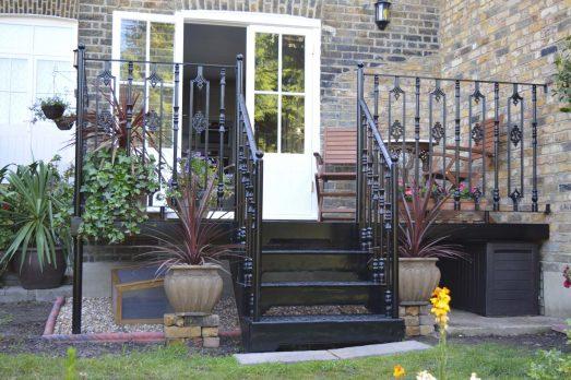 BVS2-15 – Victorian Stairs