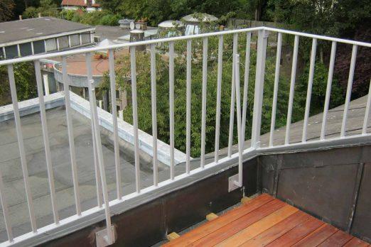 RB-2-1 – Balcony Railing