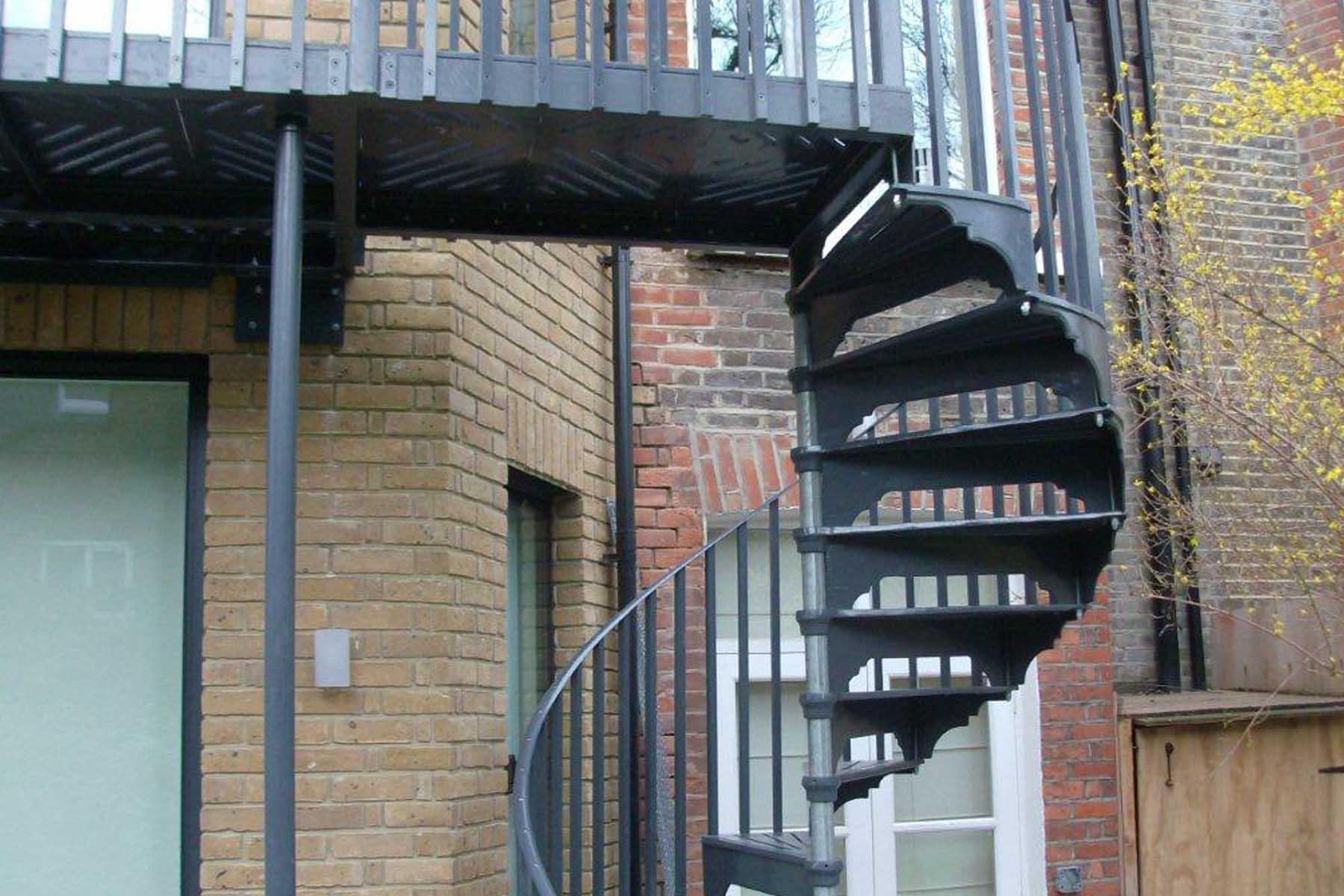 Modern Metal Spiral Stairs