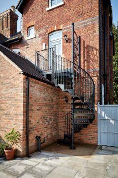 SPV1-1 – Victorian Spiral Staircase