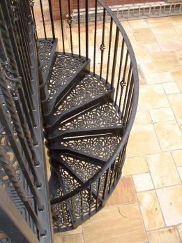 SPV2-3 – Victorian Spiral Staircase