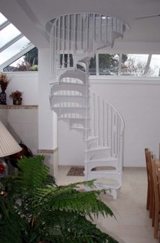 SPV4-2 – Victorian Spiral Staircase