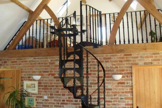 SPV5-4 – Victorian Spiral Stairs