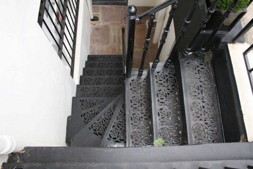 STKV-5 – Victorian Stairs