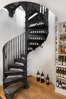 SPV1-13 – Victorian Spiral Staircase
