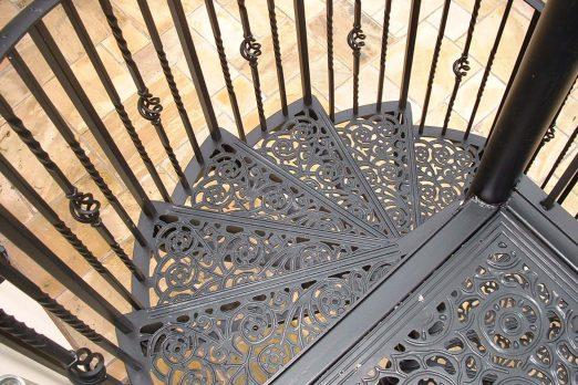 SPV2-4 – Victorian Spiral Staircase