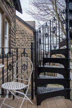 SPV3-12 – Victorian Spiral Stairs