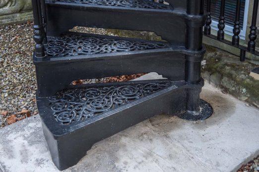 SPV3-10 – Victorian Spiral Stairs