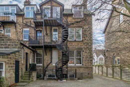 SPV3-2 – Victorian Spiral Stairs