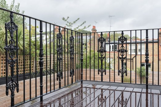 RB-2-6 – Wrought Iron Balcony Railings