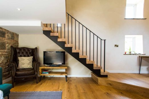 MSM-04 – Steel and Timber Staircase