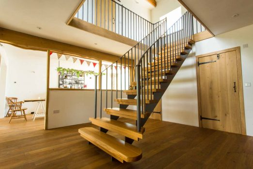 MSM-08 – Steel and Timber Staircase